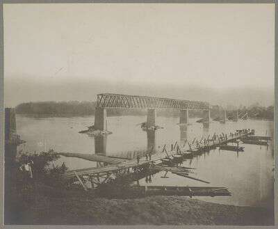 Ruins of R.R. bridge across Tennessee River