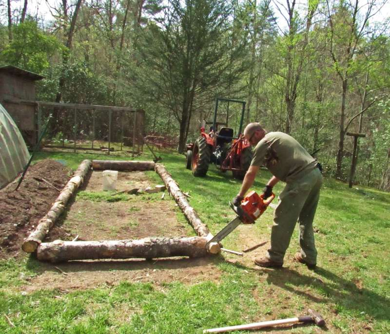 how to build cheap raised beds