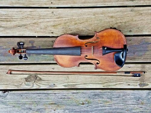 fiddle-made-by-winslow-king